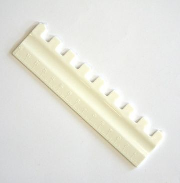 1 x 1 pusher for chunky (9mm) knitting machines: Part no.07216880